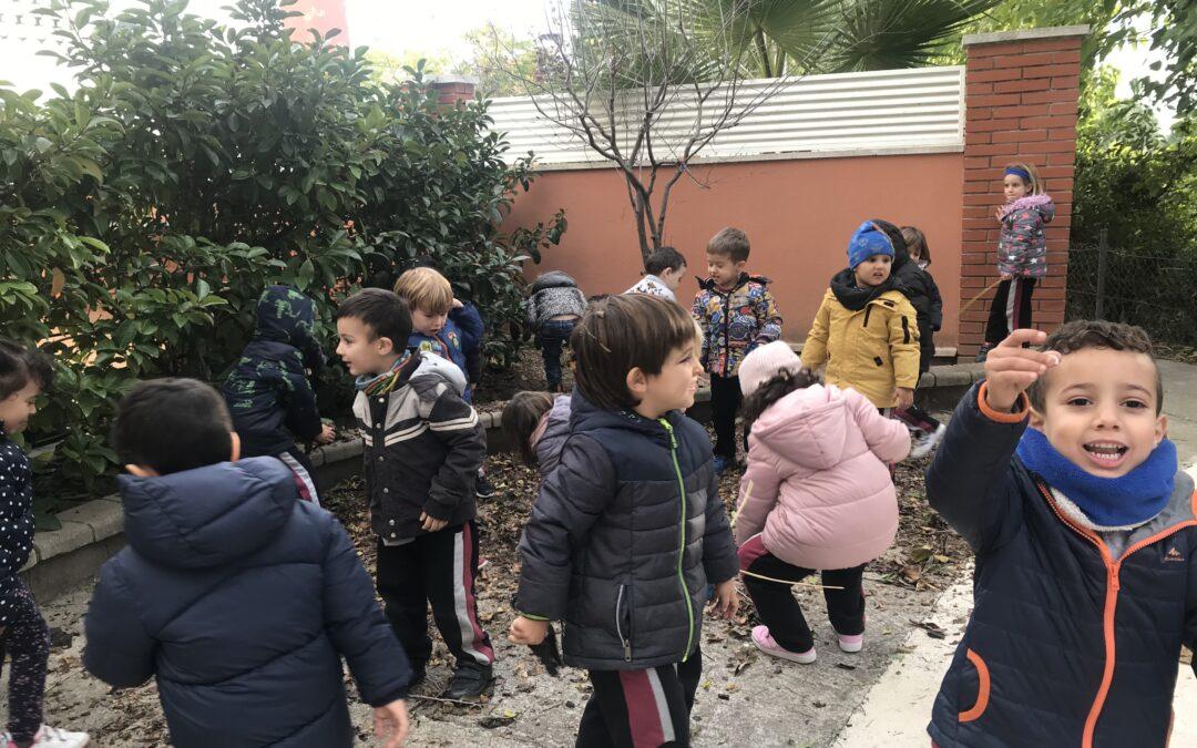ELS PETITS DEL COR DE MARIA SURTEN A BUSCAR FULLES